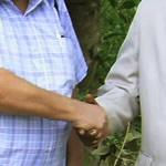 Apóstolo Roberto Senna e Sr. Vladmir Santo - Governo de Quinhamel